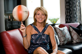 Nancy Lieberman, Basketball Hall of Famer of the Texas Legends, and breast cancer survivor